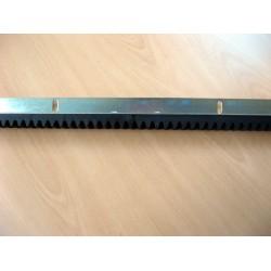Crémaillère M4 en nylon avec cornière pour portail coulissant